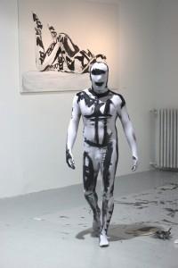 Performance by Sergio Valenzuela (4)